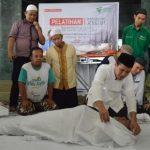 ntusias peserta pelatihan Barzah saat menyaksikan materi yang diberikan oleh Manager BArzah Dompet Dhuafa, Matroi