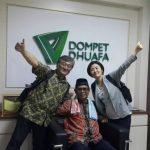Direktur Utama Tono Magokoro Net, Kazuhiko Tada dan Direktur Program The Sasakawa Peace Foundation (SPF), Akiko Horiba, pada Senin (26/3/2018) melakukan kunjungan balasan ke Dompet Dhuafa. Tahun lalu Tim Dompet Dhuafa yang dipimpin Parni Hadi (tengah) juga berkunjung ke kantor lembaga kemanusiaan tersebut ke Jepang. Foto: DD