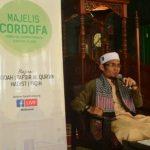 Ust. Hendri Kusnadi S.Th.I MM menyampaiakan materi pada kajian rutin di MAsjid Ar-raiyah bersama DD Sumsel (24/4)
