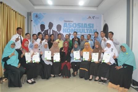 18 orang penggiat pendidikan resmi tergabung dalam AK SLI Wil. Sumsel
